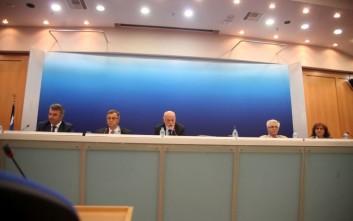 Μέτρα αποσυμφόρησης των νησιών ανακοίνωσε η κυβέρνηση