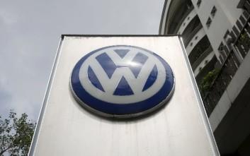 Ανακαλεί 1.993 οχήματα η Volkswagen στην Κίνα