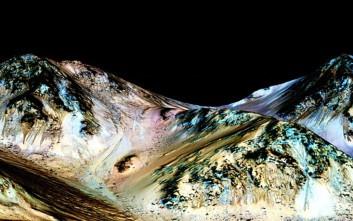 Την ύπαρξη τρεχούμενου νερού στον Άρη ανακοίνωσε η NASA