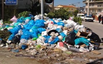 Σε κατάσταση έκτακτης ανάγκης η Τρίπολη για τα σκουπίδια