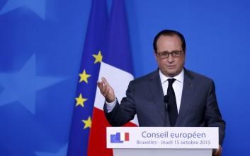Ολάντ: Η κοινωνική σύγκρουση στην Air France δεν συνοψίζει την κατάσταση στη Γαλλία