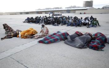 Διεθνής Αμνηστία: Κακομεταχείριση προσφύγων και μεταναστών στη Λιβύη