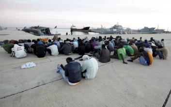 Περίπου 6.000 μετανάστες παραμένουν παγιδευμένοι σε κέντρα κράτησης στη Λιβύη