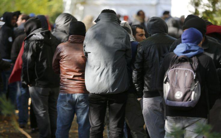 Δεκάδες τραυματίες από φωτιά σε κέντρο προσφύγων στη Γερμανία