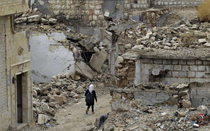 «Οι ρώσικοι βομβαρδισμοί έχουν στοιχίσει τη ζωή σε 485 αμάχους σε δυο μήνες»