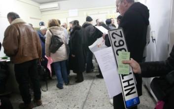 Κορονοϊός: Επιστρέφονται πινακίδες και άδειες οδήγησης