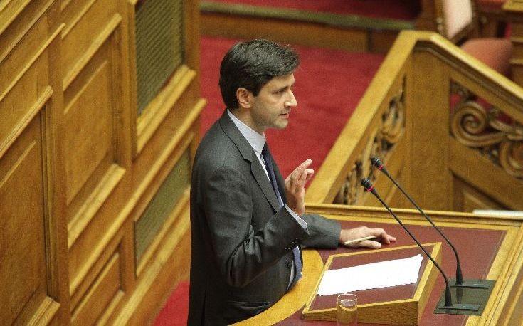 Χουλιαράκης: Η συμφωνία αποτελεί τον μοναδικό οδικό χάρτη εξόδου από την ύφεση