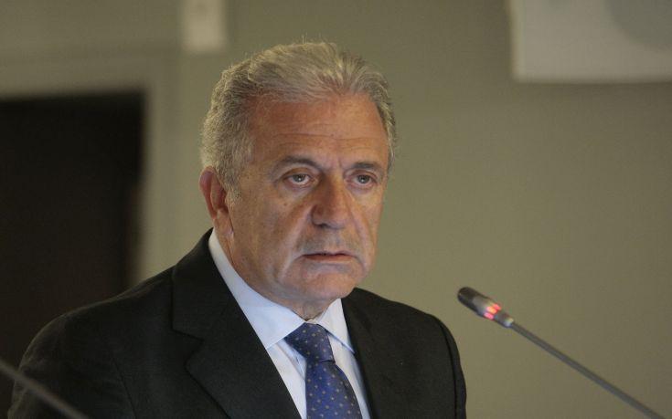 Αβραμόπουλος: Να βρεθεί κοινή ευρωπαϊκή απάντηση στην προσφυγική κρίση