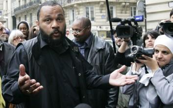 Εισαγγελέας ζητά την φυλάκιση κωμικού ο οποίος κατηγορείται για αντισημιτισμό