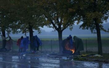Περίπου 5000 μετανάστες έφτασαν σήμερα στη Σλοβενία