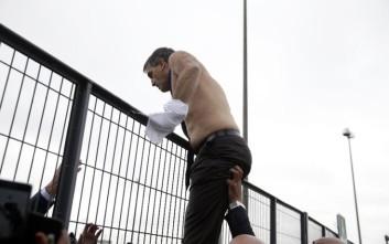 Εξαγριωμένοι εργαζόμενοι της Air France επιτέθηκαν σε στελέχη της εταιρείας