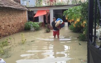 Ένας νεκρός από πλημμύρες που έπληξαν την Αλβανία