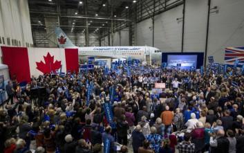Στις κάλπες οι Καναδοί για να εκλέξουν πρωθυπουργό