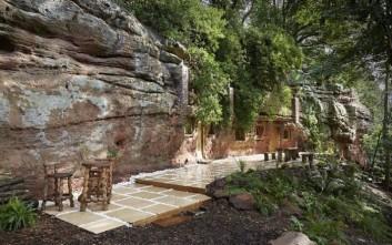 Μετατροπή σπηλιάς σε μοντέρνα κατοικία