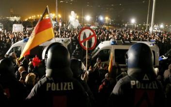 Επεισόδια σε συγκέντρωση ακροδεξιών στην Γερμανία