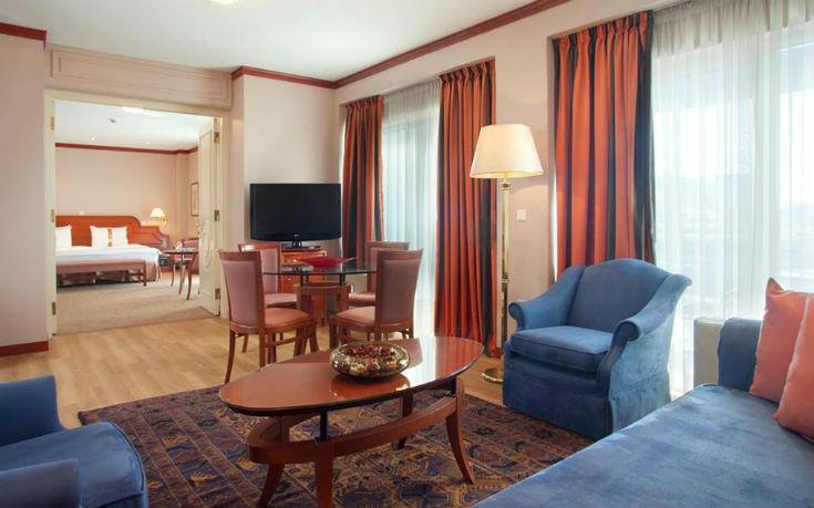 Νέα υπηρεσία OTE TV για το Holiday Inn Thessaloniki