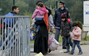 Εξακόσιοι μετανάστες και πρόσφυγες έφτασαν ήδη στη Σλοβενία