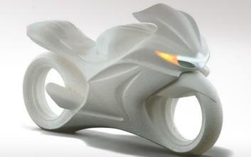 Concept μοτοσικλέτα της Suzuki με κινητήρα... από τη Formula 1