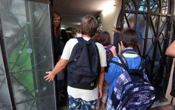 Υπεύθυνος κυλικείου ασελγούσε σε ανήλικες μαθήτριες