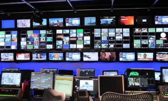 Κατατέθηκε στη Βουλή η τροπολογία για τις τηλεοπτικές άδειες