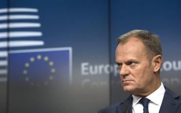 Ο Τουσκ προειδοποιεί για το μέλλον της ζώνης Σένγκεν