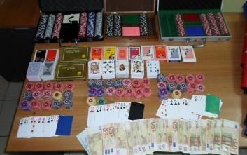 Μίνι-καζίνο με παράνομα τυχερά παιχνίδια έστησαν στον Νέο Κόσμο - Τους εντόπισε η ΕΛ.ΑΣ.