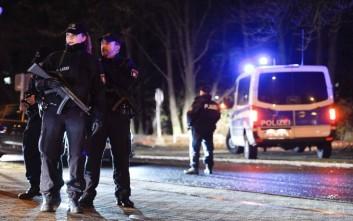 Έξι νεαροί βρέθηκαν νεκροί σε αποθήκη μετά από πάρτι