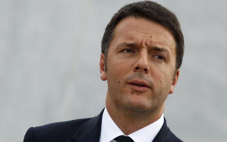Επανεξελέγη επικεφαλής του Δημοκρατικού Κόμματος ο Ρέντσι
