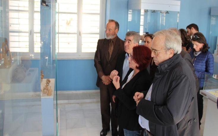 Περιοδεία Μπαλτά σε αρχαιολογικούς χώρους και μνημεία στα Μέγαρα