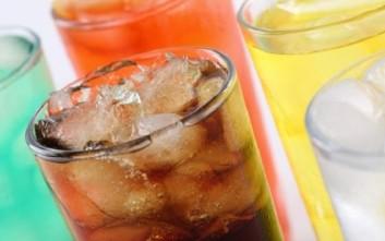 Πόσο επηρεάζουν τα αναψυκτικά την υγεία μας;