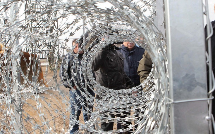 Το Πακιστάν υψώνει φράχτη στα σύνορα με το Αφγανιστάν
