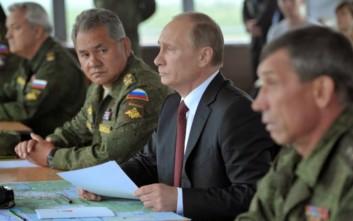 Πούτιν: Οι ρωσικές ένοπλες δυνάμεις αριθμούν 1,9 εκατ. άτομα