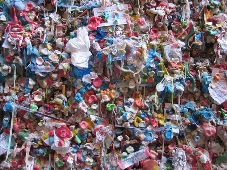 Seattle_Gum_Wall_Close_Up_Almdudler26