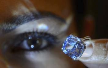 Δισεκατομμυριούχος πήρε στην 7χρονη κόρη του διαμάντι 48 εκατ. δολαρίων!