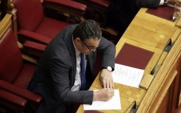 Αθανασίου: Δεν είπα ποτέ ότι είναι στα καθήκοντα του υπουργού η μίζα