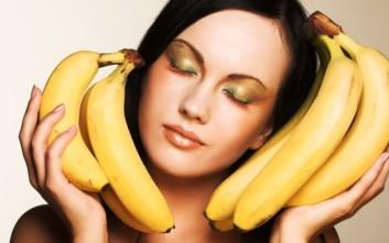 Δώστε τη χαμένη λάμψη στα μαλλιά σας με...μπανάνα