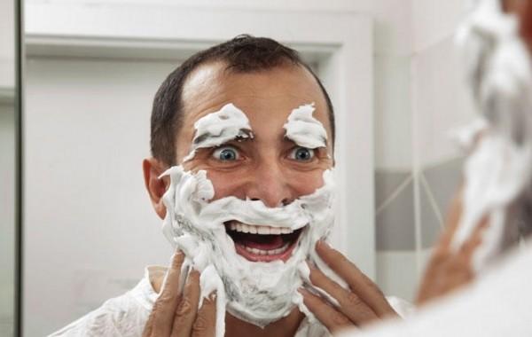 Τι κάνουν οι άντρες στην τουαλέτα και αναρωτιέστε γιατί αργούν
