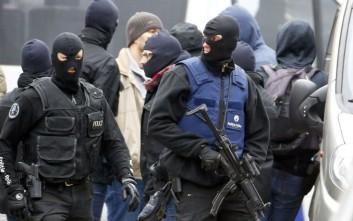 Χωρίς τέλος το ανθρωποκυνηγητό για υπόπτους τζιχαντιστές στη Γαλλία