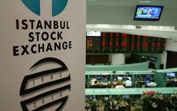 Πτώση στις τουρκικές μετοχές ενόψει της παραίτησης Νταβούτογλου