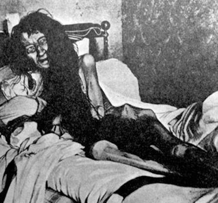Η Blanche Monnier με βάρος πλέον στα 25 κιλά είχε μείνει φυλακισμένη για  ένα τέταρτο του αιώνα. Το διάστημα αυτό δεν είχε αντικρίσει άλλον άνθρωπο  ούτε καν ... 1c868dca610