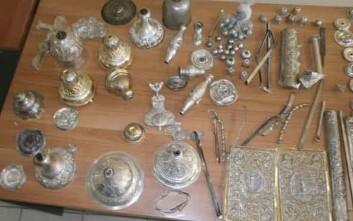 Έκλεψαν από μονή αντικείμενα και σκεύη αξίας 13.000 ευρώ
