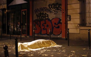 Πώς έζησαν οι Έλληνες που ζουν στο Παρίσι τις τρομοκρατικές επιθέσεις
