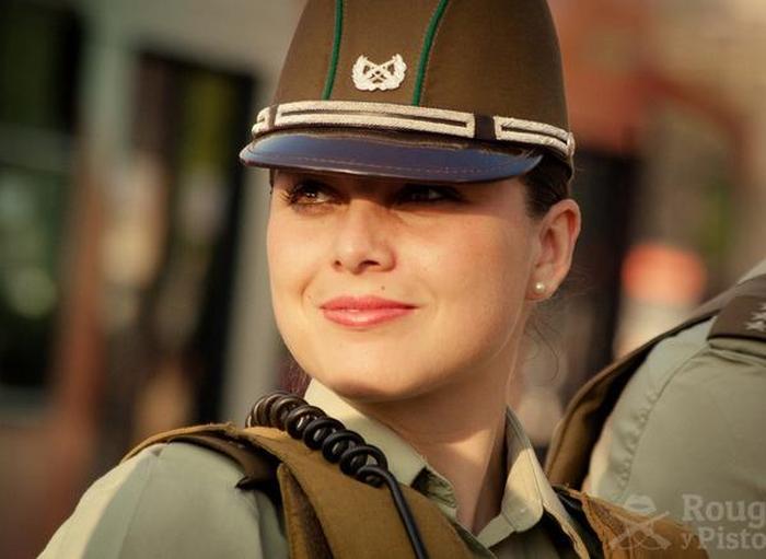 police_girls_09