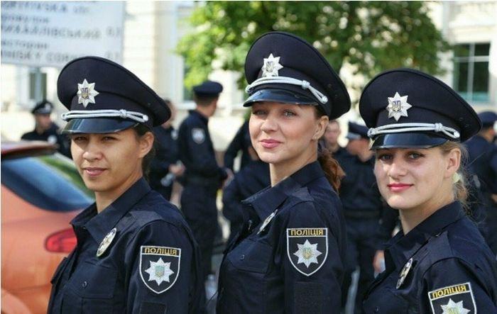 police_girls_13