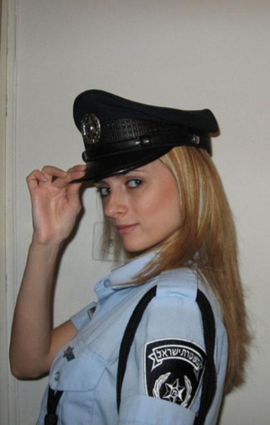 police_girls_16
