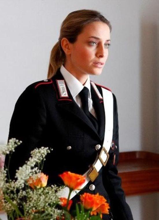 police_girls_19