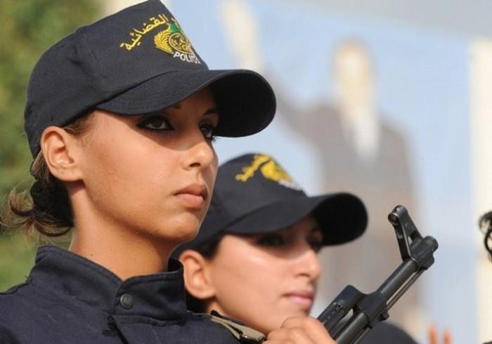 police_girls_21