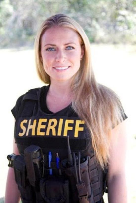 police_girls_23