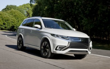 H Mitsubishi στην «Αυτοκίνηση» 2015
