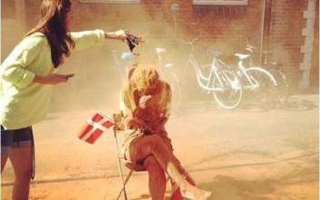 Γιατί καλύπτονται με κανέλα οι Δανοί